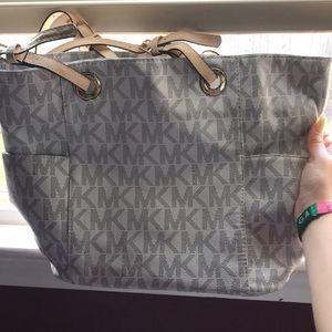 Fake Michael Kors purse